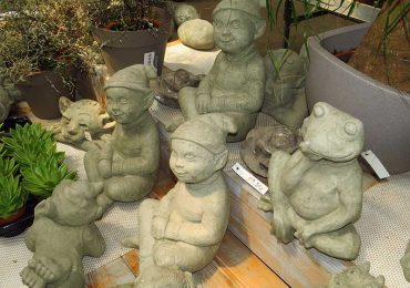 Steinfiguren Gartendekoration
